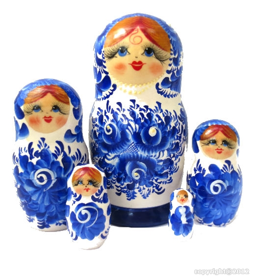 matriochkas russes bleu